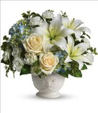 Beautiful Dreams by Teleflora by US Funeral Flowers